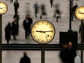 photo-clocks-people.jpg__1513007428__56653